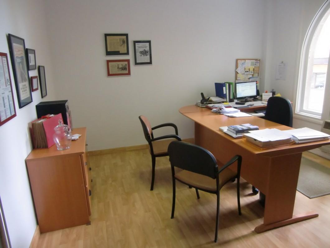 Oficina trabajo social cantabria for Oficina de empleo mostoles